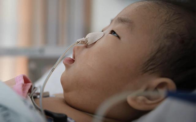 지난가을, 서울의 한 대학병원 중환자실에 입원 중이던 현준이