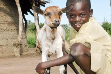 선물금을 통한 지원은 아이, 가정, 마을의 행복한 미소로 돌아옵니다.