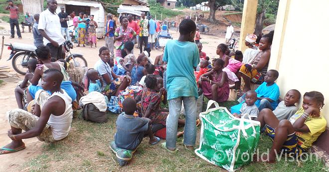 중아공 출신 난민들의 모습, 콩고민주공화국 난민캠프 (출처:월드비전)