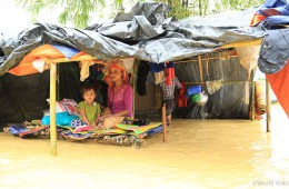 relief_MyanmarBangladesh_20171012_02