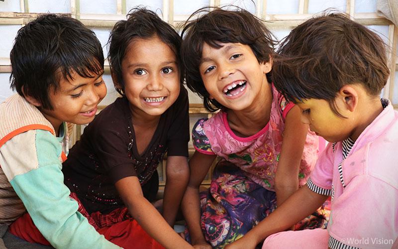 아동심리보호센터에서 밝게 웃는 아이들(출처:월드비전)