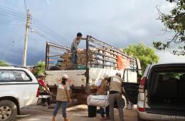 ▲월드비전은 1차 긴급구호를 통해 피해 지역 주민들에게 위생키트를 보급하였습니다.(출처: 월드비전)