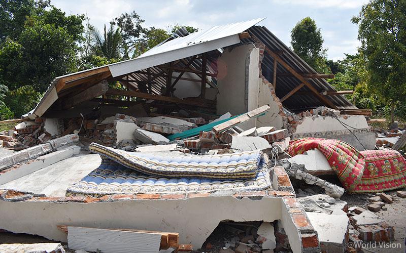 relief_Lombok_20180806_02