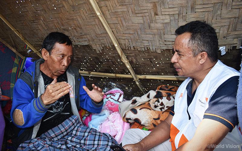 ▲월드비전은 피해 지역 주민들의 소리에 귀 기울여 필요를 파악하고 있습니다. (출처: 월드비전)