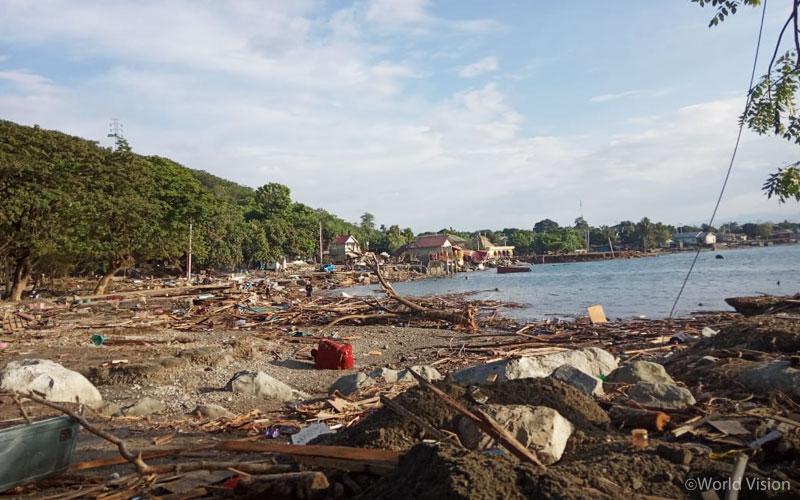 지진과 쓰나미가 지나간 이후 9월 30일 팔루(Palu) 지역의 모습(출처: 월드비전)