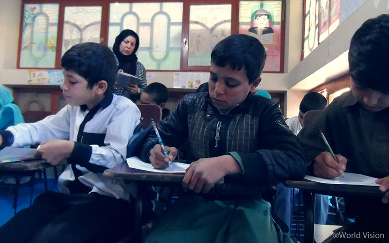 센터에서 수업을 듣는 아동들