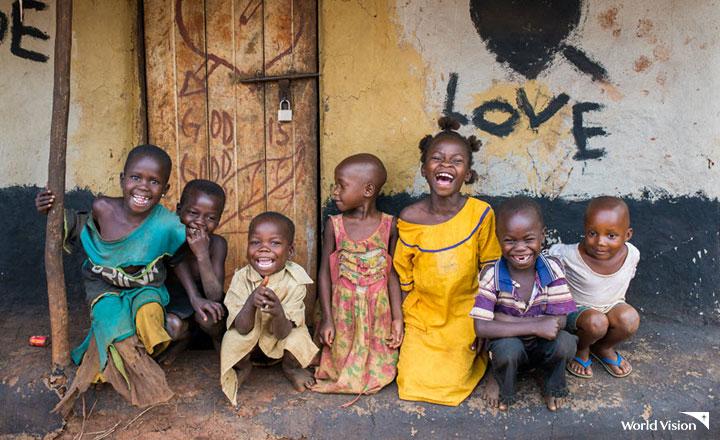 웃고있는 아프리카 아이들 모습 사진