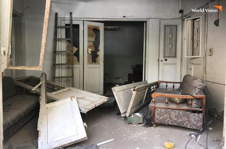 폭발 사고로 피해를 입은 가정