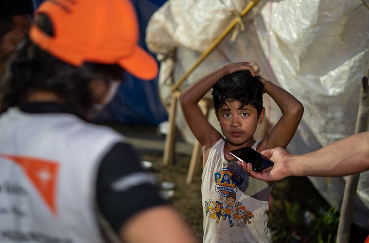 온두라스 허리케인 에타 긴급구호 어린이 인터뷰 사진